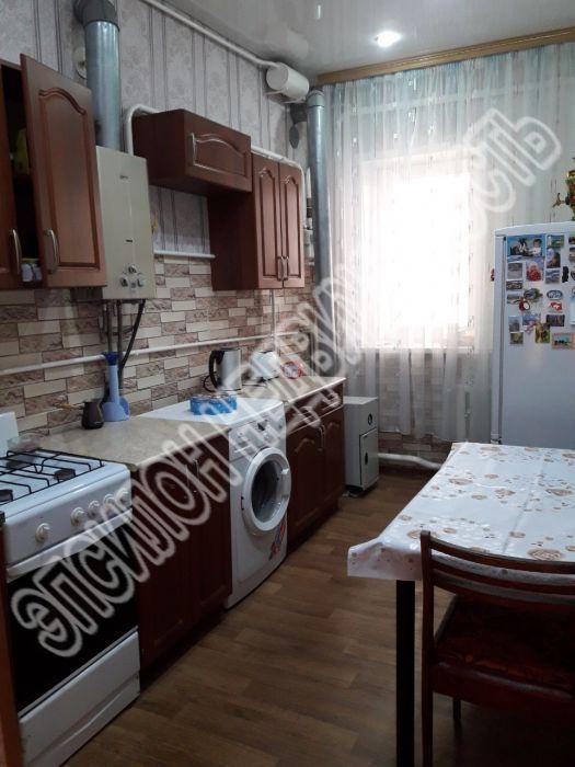 Продам 2-комнатную квартиру в городе Букреевка, на улице Центральная, 87, 2-этаж 2-этажного Кирпич дома, площадь: 45.1/25.6/8.8 м2