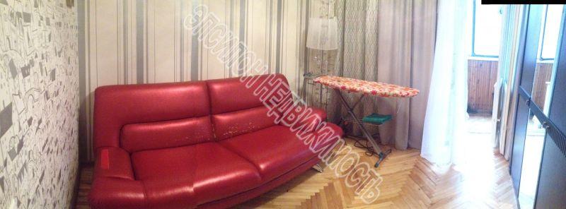 Продам 4-комнатную квартиру в городе Курск, на улице Карла маркса, 69б, 4-этаж 5-этажного Кирпич дома, площадь: 76.5/58/12 м2
