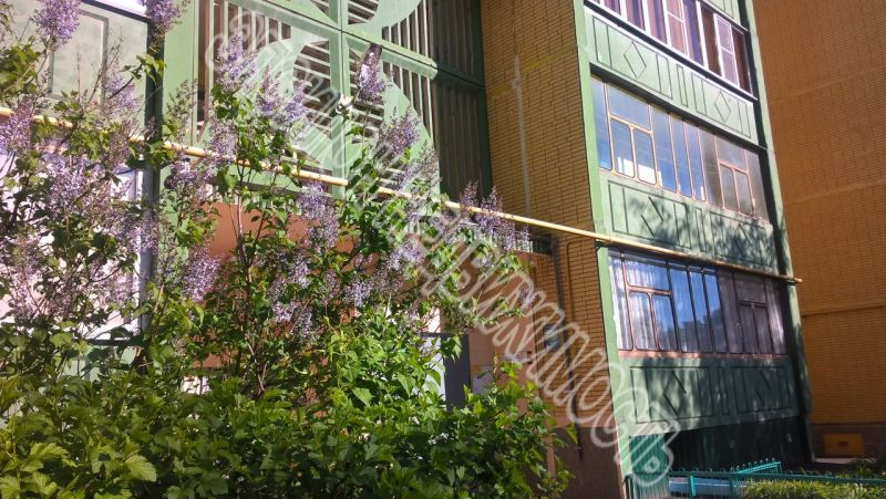 Продам 3-комнатную квартиру в городе Курск, на улице Бойцов 9-й Дивизии, 185, 6-этаж 10-этажного Панель дома, площадь: 74/55/9.5 м2