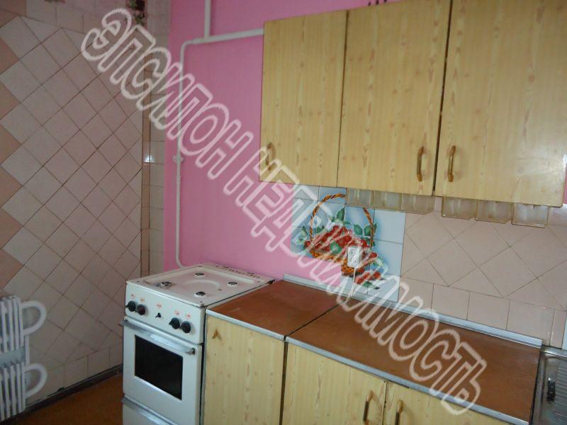 Продам 1-комнатную квартиру в городе Курск, на улице Чернышевского, 72, 2-этаж 9-этажного Кирпич дома, площадь: 32/18/6.5 м2