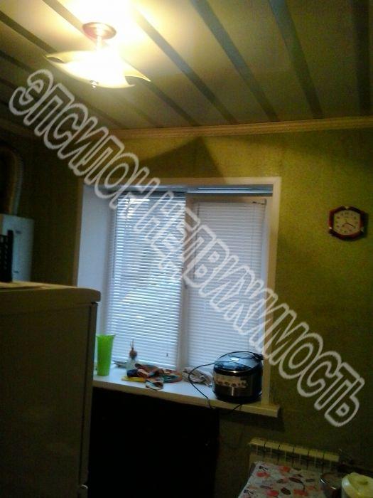 Продам 1-комнатную квартиру в городе Курск, на улице Народная, 6, 1-этаж 4-этажного Кирпич дома, площадь: 32/18/6 м2