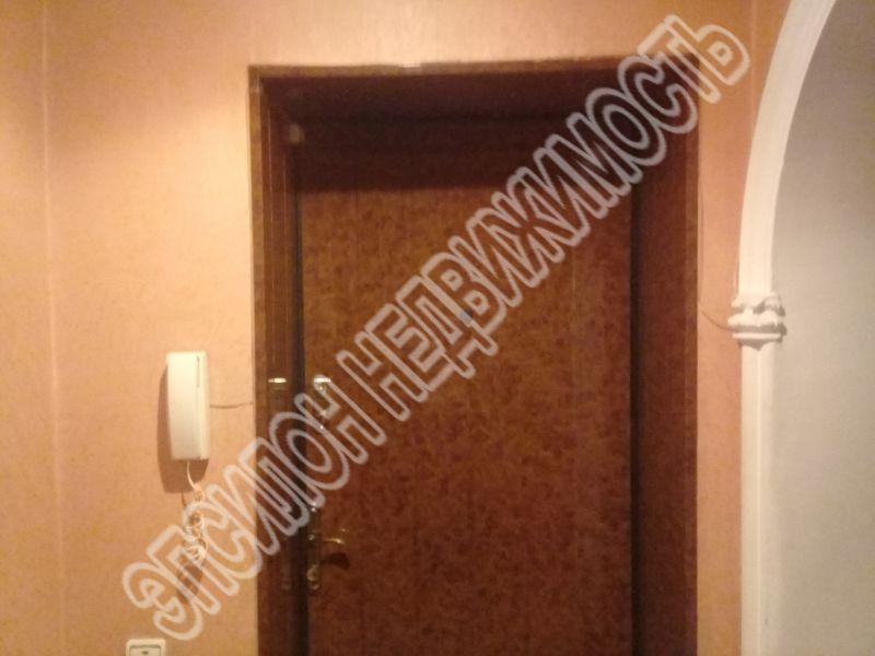 Продам 2-комнатную квартиру в городе Курск, на улице Рабочая 2-я, 5б, 2-этаж 5-этажного Кирпич дома, площадь: 58/34/10 м2