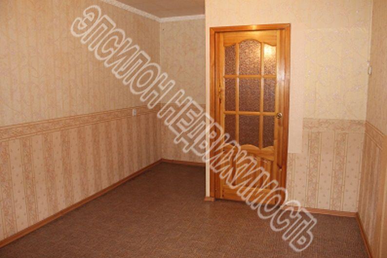 Продам 3-комнатную квартиру в городе Курск, на улице Союзная, 12, 2-этаж 9-этажного Кирпич дома, площадь: 62/33.9/6.9 м2