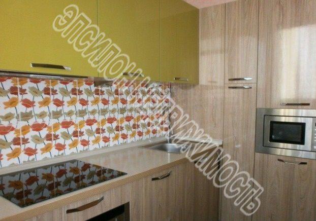 Продам 1-комнатную квартиру в городе Курск, на улице Победы пр-т, 50, 4-этаж 9-этажного Монолит дома, площадь: 43/19/10 м2