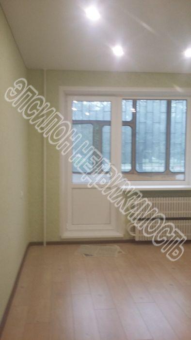 Продам 2-комнатную квартиру в городе Курск, на улице Менделеева, 24, 1-этаж 10-этажного Панель дома, площадь: 49.9/28.4/9.1 м2