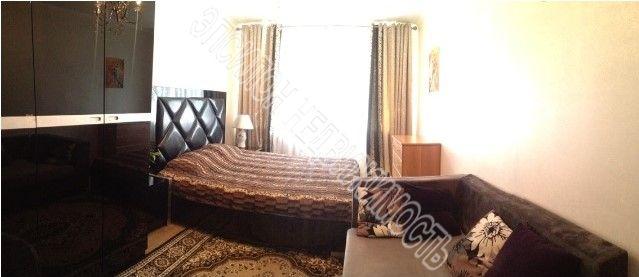Продам 2-комнатную квартиру в городе Курск, на улице Димитрова, 91, 4-этаж 5-этажного Панель дома, площадь: 47.9/33.4/6 м2