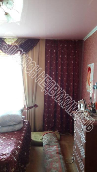Продам 3-комнатную квартиру в городе Курск, на улице Чернышевского, 12, 4-этаж 5-этажного Кирпич дома, площадь: 61/39/6 м2