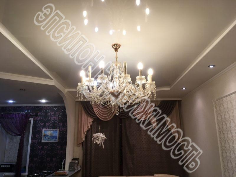 Продам 1-комнатную квартиру в городе Курск, на улице Рябиновая, 8б, 1-этаж 3-этажного Кирпич дома, площадь: 40.2/19/8 м2