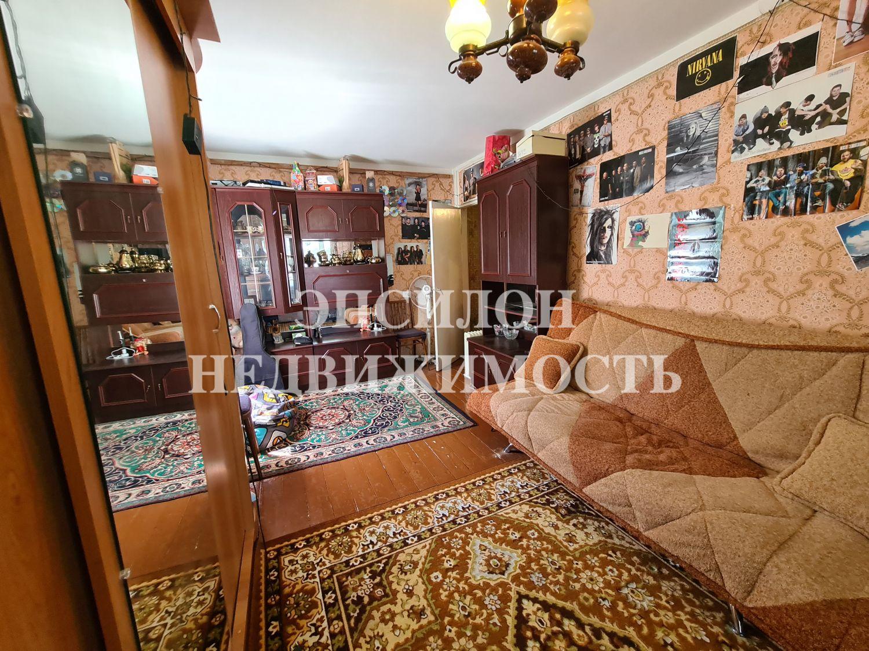 Продам 2-комнатную квартиру в городе Курск, на улице Крюкова, 10, 1-этаж 5-этажного Панель дома, площадь: 43/28/6 м2