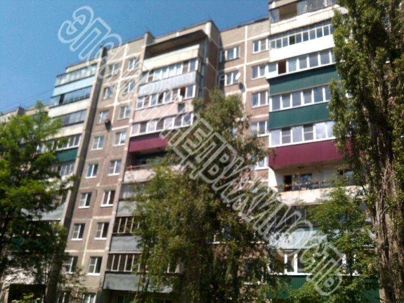 Продам 3-комнатную квартиру в городе Курск, на улице Сергеева проезд, 8, 8-этаж 9-этажного Панель дома, площадь: 60.4/36.9/8.4 м2