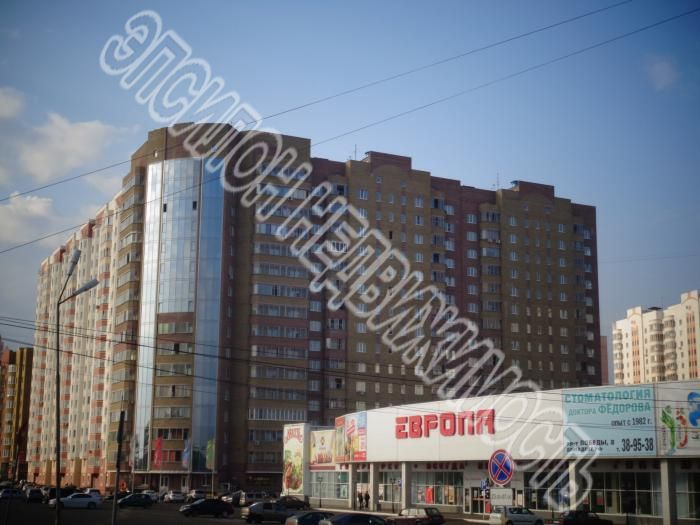 Продам 2-комнатную квартиру в городе Курск, на улице Победы пр-т, 44, 8-этаж 17-этажного Монолит дома, площадь: 72/36/12 м2
