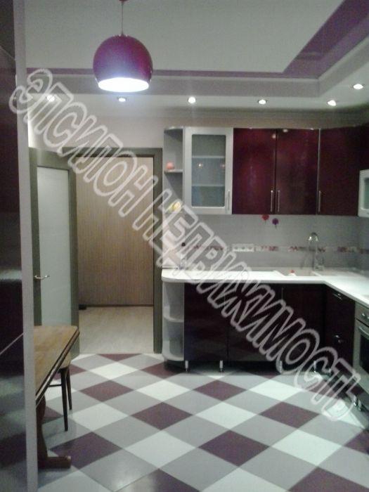 Продам 3-комнатную квартиру в городе Курск, на улице Л. Толстого, 14а, 9-этаж 10-этажного Кирпич дома, площадь: 83/44/18 м2