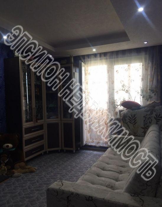 Продам 2-комнатную квартиру в городе Курск, на улице Победы пр-т, 28, 4-этаж 17-этажного Панель дома, площадь: 57.39/29.4/10.97 м2
