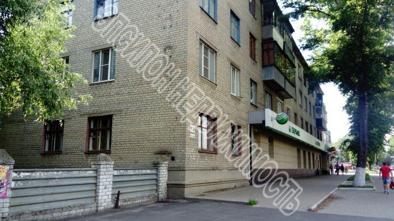 Продам 2-комнатную квартиру в городе Курск, на улице 50 лет Октября, 4/2, 1-этаж 4-этажного Кирпич дома, площадь: 54/29/6 м2