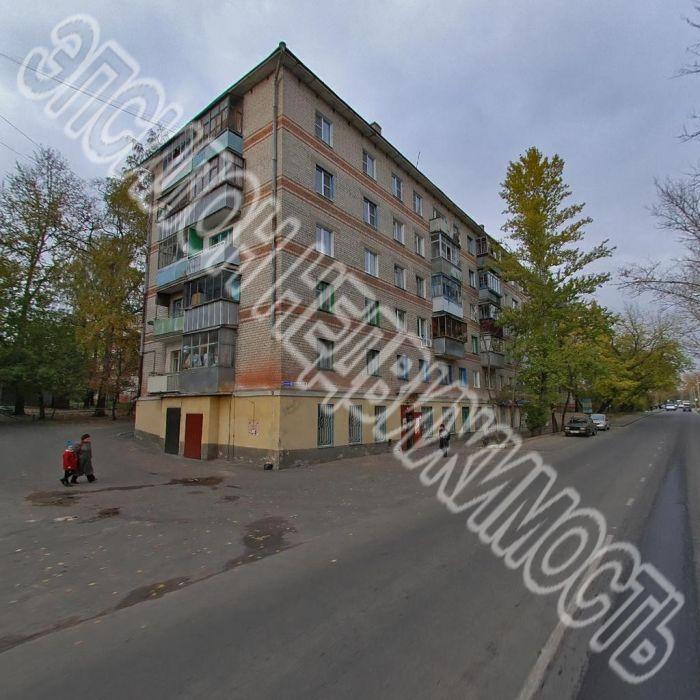 Продам 2-комнатную квартиру в городе Курск, на улице Заводская, 19, 4-этаж 5-этажного Кирпич дома, площадь: 43.3/28.1/6.2 м2