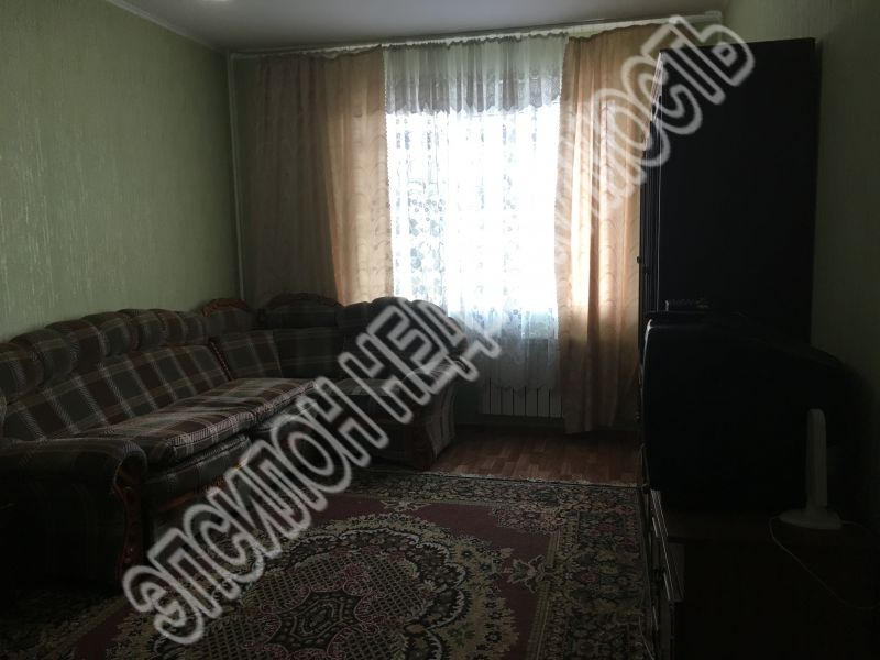 Продам 1-комнатную квартиру в городе Курск, на улице В. Клыкова пр-т, 83, 1-этаж 17-этажного Панель дома, площадь: 35.84/17.16/9.77 м2