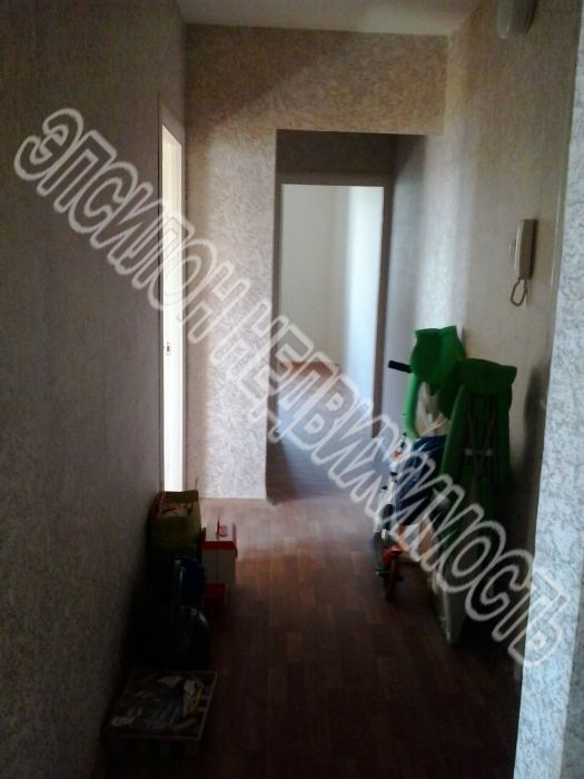 Продам 3-комнатную квартиру в городе Курск, на улице Хрущева пр-т, 36, 4-этаж 10-этажного Панель дома, площадь: 63/40/9 м2