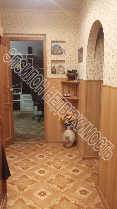 Продам 4-комнатную квартиру в городе Курск, на улице Крюкова, 16в, 5-этаж 9-этажного Панель дома, площадь: 78/53.6/8.3 м2