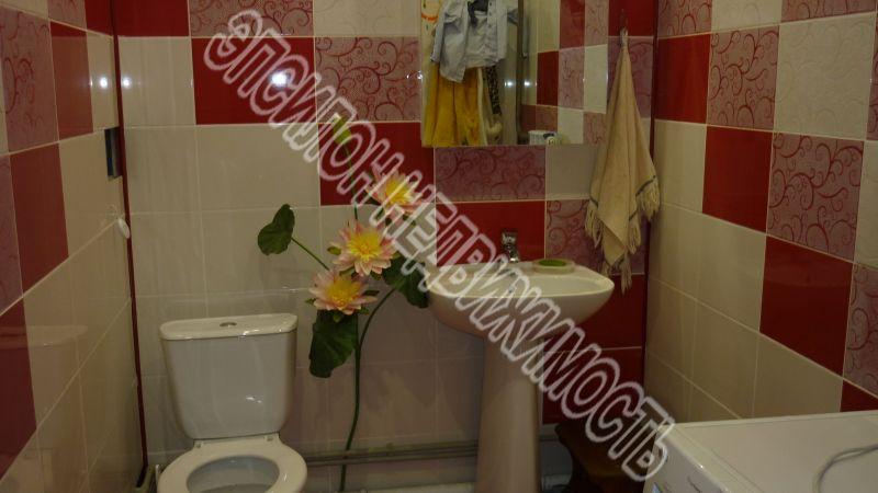 Продам 3-комнатную квартиру в городе Курск, на улице Павлуновского, 48в, 16-этаж 18-этажного Монолит дома, площадь: 101/60/14 м2