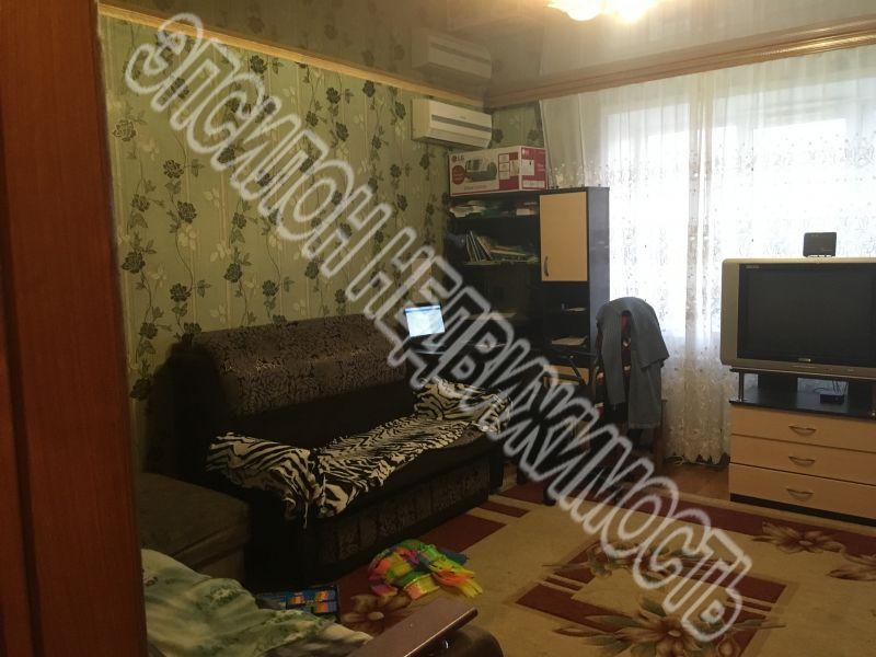 Продам 1-комнатную квартиру в городе Курск, на улице Ленинского Комсомола пр-т, 99, 9-этаж 9-этажного Кирпич дома, площадь: 33.2/16.3/8.8 м2