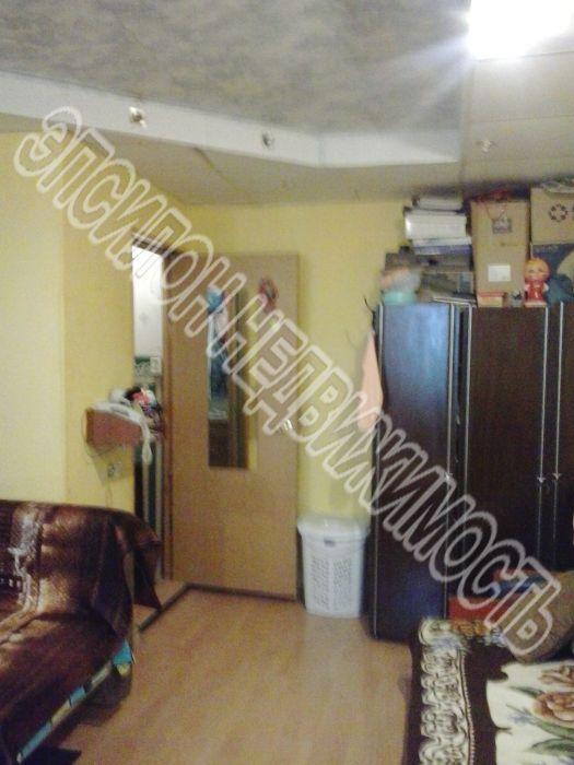 Продам 1-комнатную квартиру в городе Курск, на улице Черняховского, 56, 4-этаж 5-этажного Кирпич дома, площадь: 32/18/6 м2