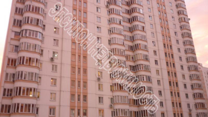 Продам 1-комнатную квартиру в городе Курск, на улице Победы пр-т, 42, 7-этаж 17-этажного Панель дома, площадь: 38.56/18.77/9.77 м2