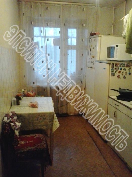 Продам 3-комнатную квартиру в городе Курск, на улице Черняховского, 62, 8-этаж 9-этажного Кирпич дома, площадь: 60/39/9 м2