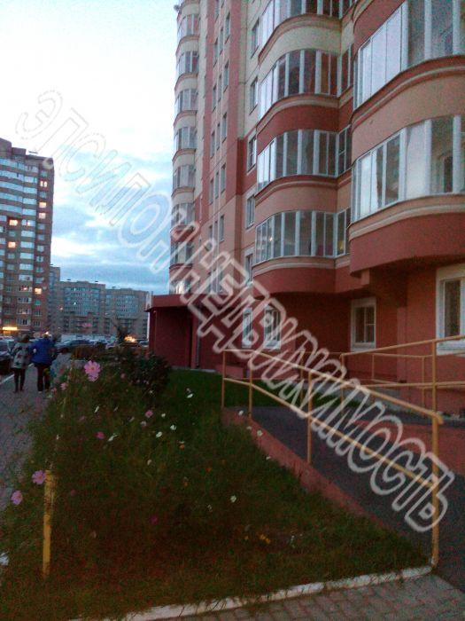 Продам 1-комнатную квартиру в городе Курск, на улице А. Дериглазова пр-т, 21, 5-этаж 17-этажного Панель дома, площадь: 38.56/18.77/9.77 м2