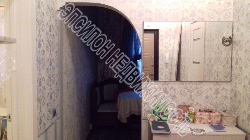 Продам 1-комнатную квартиру в городе Курск, на улице Победы пр-т, 54, 13-этаж 17-этажного Панель дома, площадь: 37.2/17.16/9.77 м2