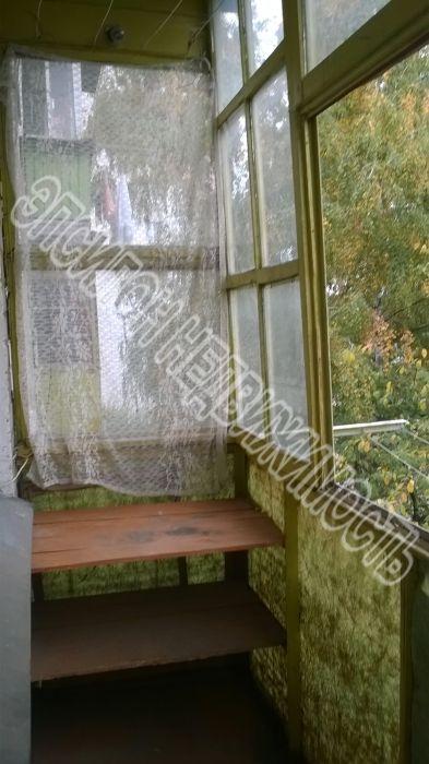 Продам 2-комнатную квартиру в городе Курск, на улице Дубровинского, 1, 4-этаж 5-этажного Кирпич дома, площадь: 42/29/6 м2