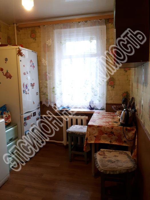 Продам 3-комнатную квартиру в городе Курск, на улице Заводская, 67В, 1-этаж 5-этажного Панель дома, площадь: 54/34/6 м2