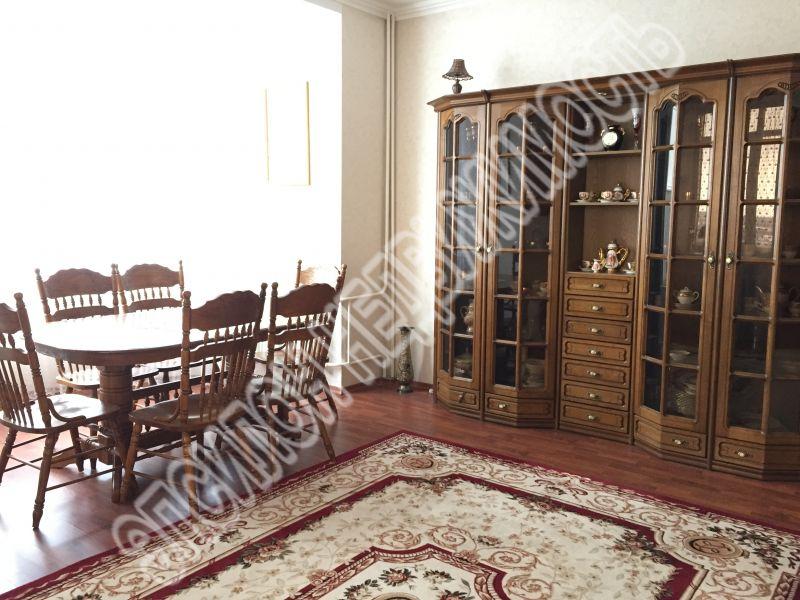 Продам 2-комнатную квартиру в городе Курск, на улице Дружининская, 33а, 6-этаж 10-этажного Кирпич дома, площадь: 96/48.5/14.6 м2