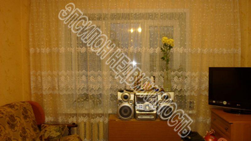 Продам 1 комнат[у,ы] в городе Курск, на улице Гагарина, 3-этаж 5-этажного Кирпич дома, площадь: 13/13/0 м2