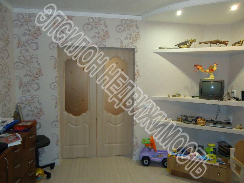Продам 3-комнатную квартиру в городе Курск, на улице Майский б-р, 2, 11-этаж 12-этажного Кирпич дома, площадь: 59.2/37.5/8.3 м2