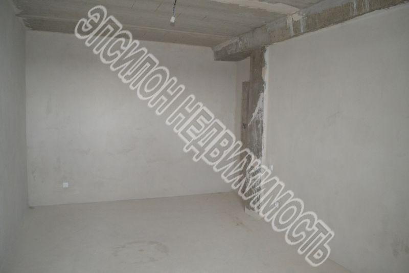 Продам 2-комнатную квартиру в городе Курск, на улице Звездная, 11а, 2-этаж 10-этажного Кирпич дома, площадь: 62.8/30.93/12.2 м2