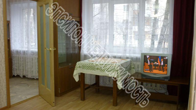 Продам 2-комнатную квартиру в городе Курск, на улице Радищева, 71/1, 1-этаж 5-этажного Кирпич дома, площадь: 42/28.6/6 м2