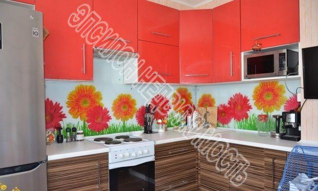 Продам 1-комнатную квартиру в городе Курск, на улице А. Дериглазова пр-т, 37, 11-этаж 17-этажного Панель дома, площадь: 37.2/17.16/9.77 м2
