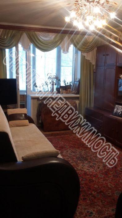Продам 2-комнатную квартиру в городе Курск, на улице Красный октябрь, 7, 2-этаж 9-этажного Кирпич дома, площадь: 50/29/8 м2