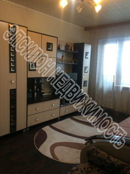 Продам 2-комнатную квартиру в городе Курск, на улице Кулакова пр-т, 5, 9-этаж 9-этажного Панель дома, площадь: 46/28/6.5 м2