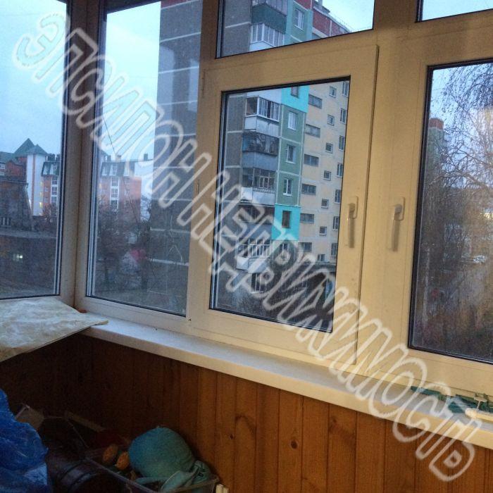 Продам 3-комнатную квартиру в городе Курск, на улице Чехова, 6, 4-этаж 9-этажного Панель дома, площадь: 60.4/37/8.5 м2