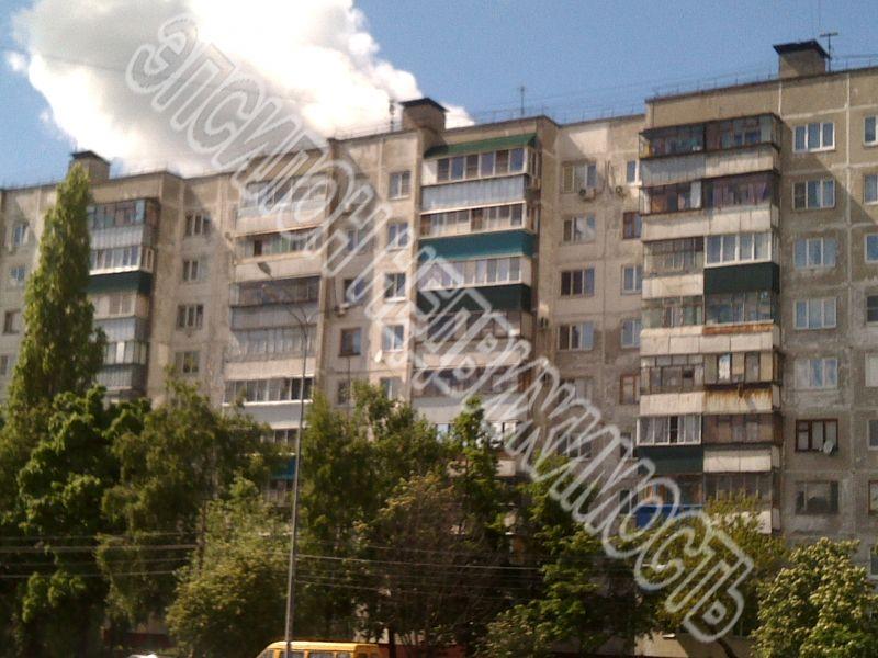 Продам 2-комнатную квартиру в городе Курск, на улице Студенческая, 7, 4-этаж 9-этажного Панель дома, площадь: 47/28/8 м2