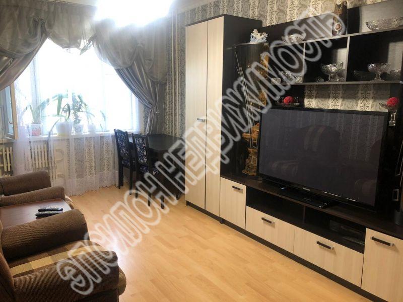 Продам 3-комнатную квартиру в городе Курск, на улице Ленинского Комсомола пр-т, 52б, 6-этаж 10-этажного Панель дома, площадь: 79.8/46/9.3 м2
