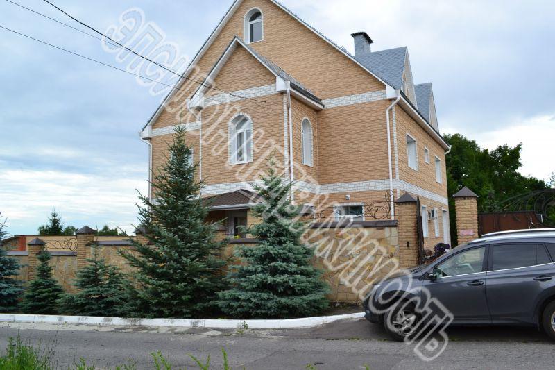 Город: Курск, улица: Триумфальная, площадь: 560 м2, участок: 25 соток