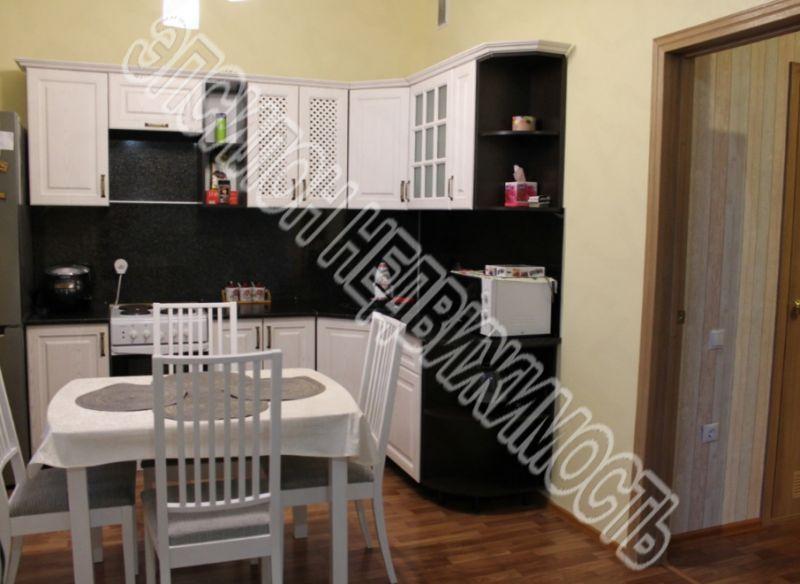 Продам 1-комнатную квартиру в городе Курск, на улице А. Дериглазова пр-т, 39, 5-этаж 16-этажного Монолит дома, площадь: 48/21/11 м2