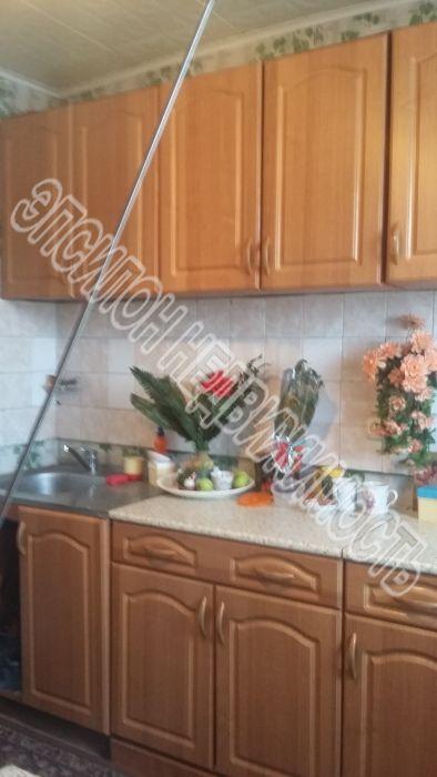 Продам 1-комнатную квартиру в городе Курск, на улице Магистральный проезд, 8, 4-этаж 9-этажного Кирпич дома, площадь: 32.9/14.3/8.3 м2