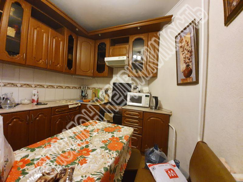 Продам 3-комнатную квартиру в городе Курск, на улице Орловская, 1, 5-этаж 5-этажного Кирпич дома, площадь: 78.8/49.5/9 м2