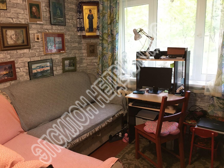 Продам 1-комнатную квартиру в городе Курск, на улице Менделеева, 16, 1-этаж 5-этажного Панель дома, площадь: 31/18/6 м2