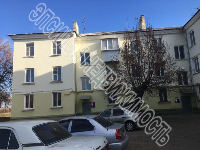Продам 3-комнатную квартиру в городе Курск, на улице Аккумулятор, 32, 2-этаж 3-этажного Кирпич дома, площадь: 60/39/6 м2