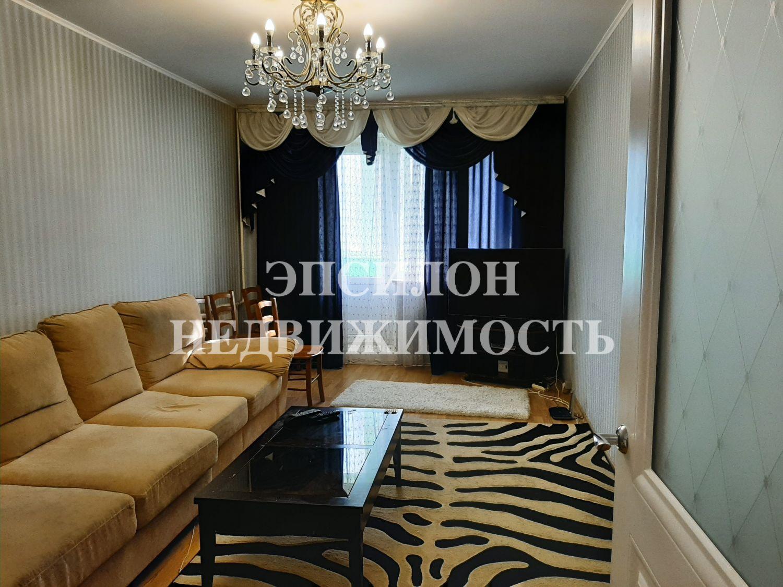Продам 3-комнатную квартиру в городе Курск, на улице Победы пр-т, 30, 6-этаж 17-этажного Панель дома, площадь: 84.83/47.77/9.77 м2