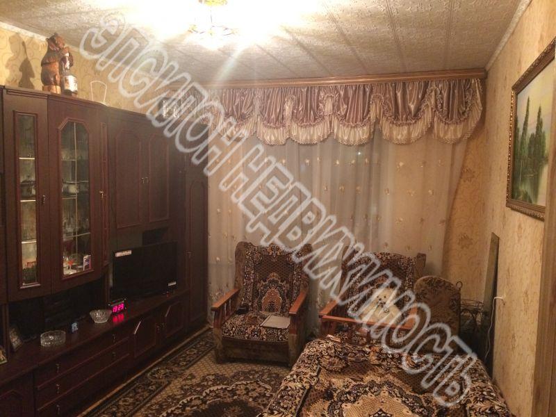 Продам 2 комнат[у,ы] в городе Курск, на улице Чернышевского, 9-этаж 9-этажного Кирпич дома, площадь: 32/39/0 м2
